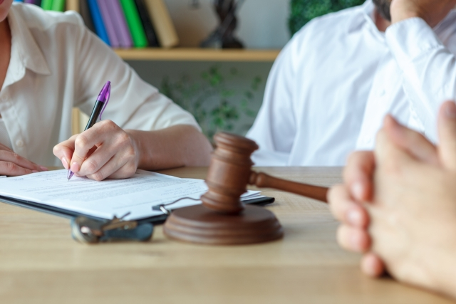 離婚調停で、陳述書を用意するように言われました。何を書いたらいいでしょうか。
