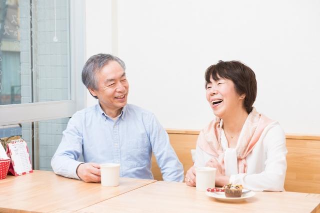 離婚します。夫は2年後に退職金を受け取るのですが、それも財産分与に入りますか。